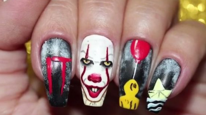 30 Easy Halloween Nail Art Ideas To Copy Now Juelzjohn